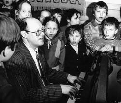 Творческая встреча  с композитором  из Свердловска Евгением ГИММЕЛЬФАРБОМ.