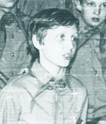 Владимир  КУЗИЛЕНКОВ  - командир  барабанщиков.