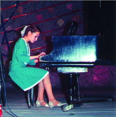 Лена АТОНОВА Пьеса для фортепиано «Вальс под дождем»
