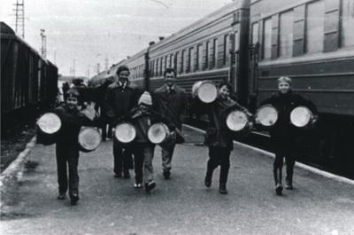 Первые барабаны приехали из «Каравеллы»